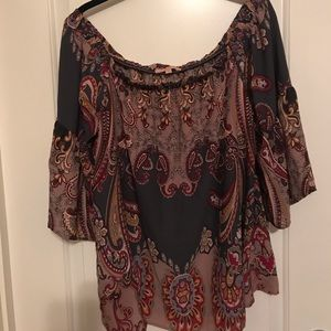 Gibson/Latimer - Off the shoulder top w/paisley
